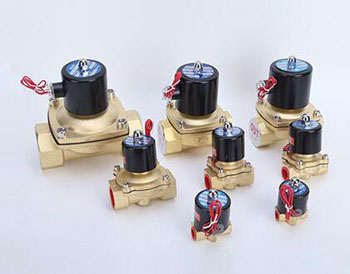 Brass solenoid valve 2 way for water oil air